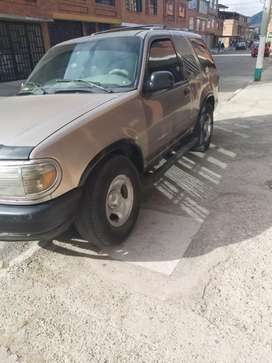 Vendo Hermosa Ford Explorer Modelo 98