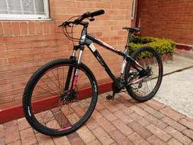 Vendo bicicleta STL wonka rin 29