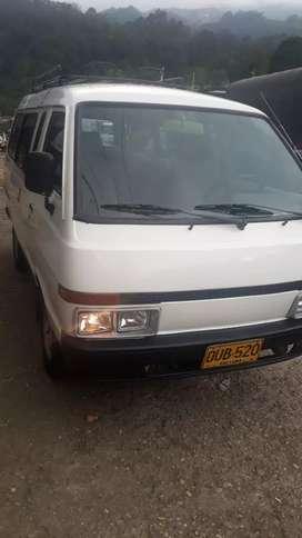 Vendo Nissan vanette modelo 95