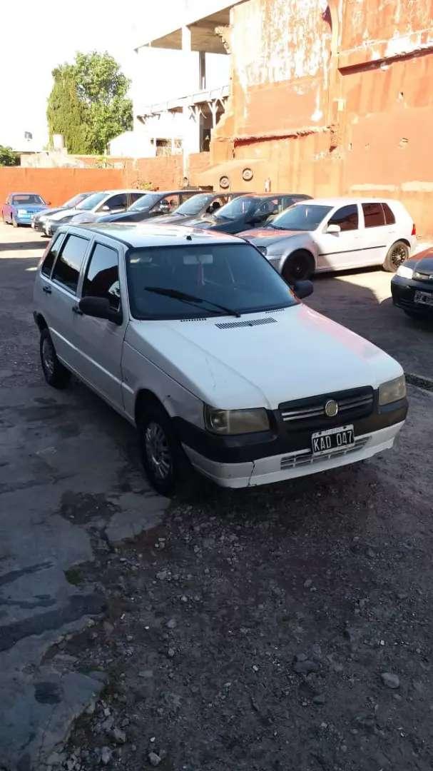 Fiat uno 2011 financio
