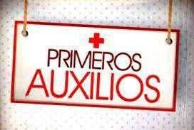 DOCENTE Y ENFERMERO SOCORRISTA, DICTA CURSO DE PRIMEROS AUXILIOS
