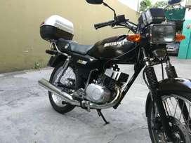 Suzuki ax100   por whatsapp