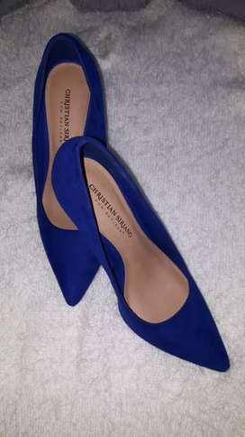 Zapatos de taco azul