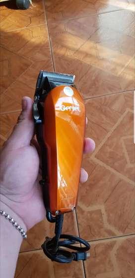 Maquina de peluquería geemy ORIGINAL