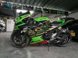 Kawasaki ninja zxr1000