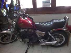 VENDO HONDA VT 500 SHADOW