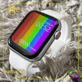 Smartwatch W26 Resistente al agua y con termómetro