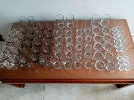 vendo vajilla de  cristal bohemia tallada por  juego o  completa