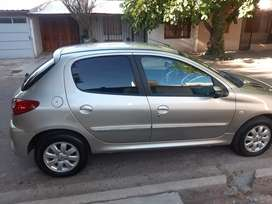 Peugeot 207 nafta 1.4 impecable (abstenerse agencia)