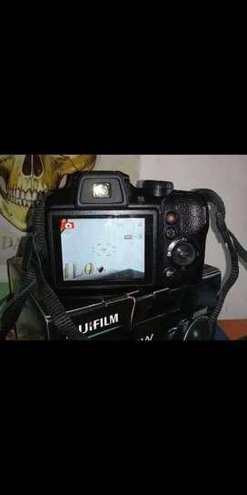 Cámara Fujifilm Finepix S9900W
