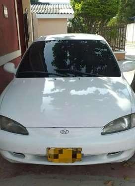 Vendo Hyundai Elantra full inyección precio Negociable