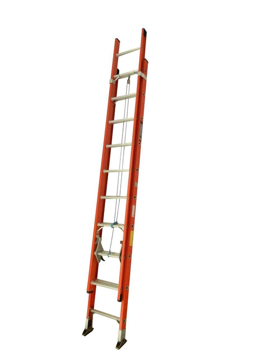 Escalera de Extensión en Fibra 16 A 40 Pasos o Peldaños 6.0 / 12.0 Mts 0