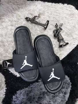 Sandalias disponibles