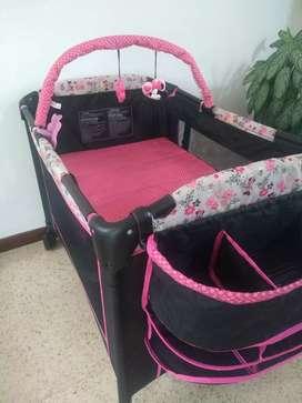 Corral para niña bebé