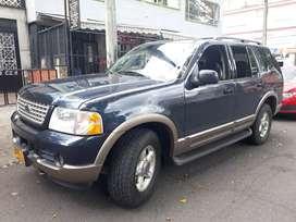 Ford explorer 2004 unico dueño . Manyrnimiento en concesionario llantas nuevas placas bogota.