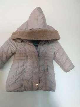 Chaqueta abrigo niña Importado marca Mayoral color Beige