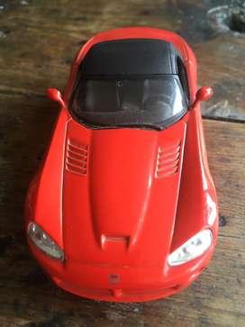 Carro de coleccion dodge viper