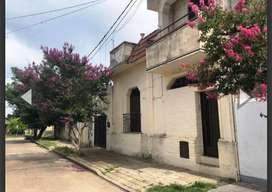 Casa y terreno a refaccionar Zona Avenida Freyre 1900 al Oeste