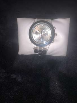 Reloj swatch modelo full blood