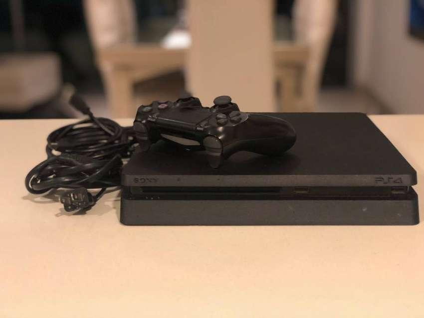 PlayStation 4 slim 458 GB 0
