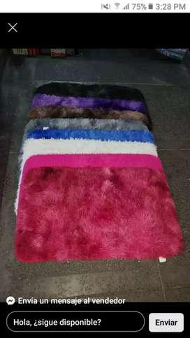 Tapetes pie de cama en peluche  ñor mayor y detal  especial para alcobas salas comedores puertas de vienvenidos