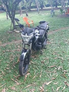 Moto akt evo r3 modelo 2015