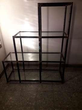 Repisa de Caña con Estantes de Vidrio