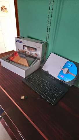 Vendo tablet Titan PC7010ME
