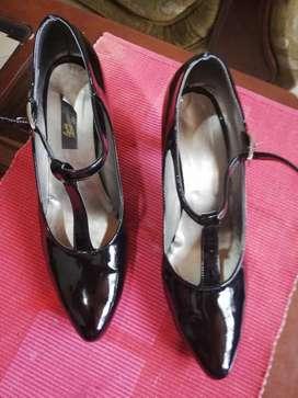 Zapatos Negro de Charol