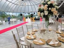 Banquestes decoración globos bodas quinceaños cenas parrilladas sonido luces neon carpa vídeo Beam Subachoque cota funza