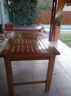 Mesa quincho/ galería