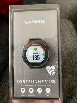 Vendo Garmin Forerunner 235 nuevo