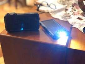 Cargadores Solares con linterna 4500a