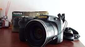 Cámara de fotos Fujifilm S2800HD. Nada de uso, como nueva.