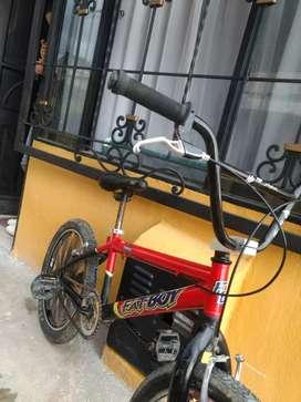 bicicleta tipo BMX en buen estado, con factura