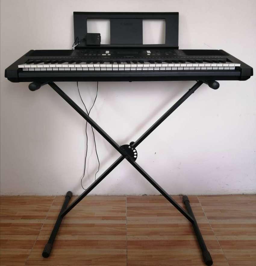 Piano Yamaha E363 0