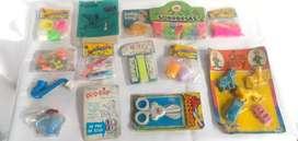 Antiguos artículos de cacharrería coleccionables y decorativos