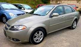 Chevrolet Optra Advance año 2009 versión full cero choques matriculado 2019 pasado el cuenca aire segundo dueño