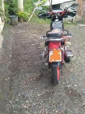 Se vende moto Shyneray 650$negosiable