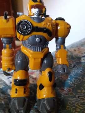 Robot q camina
