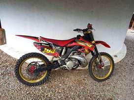HONDA CR250 2T