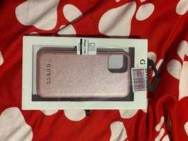 Estuche Guess Pink para iPhone 11 pro