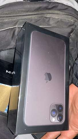 Cambio iphone 11 pro max por moto