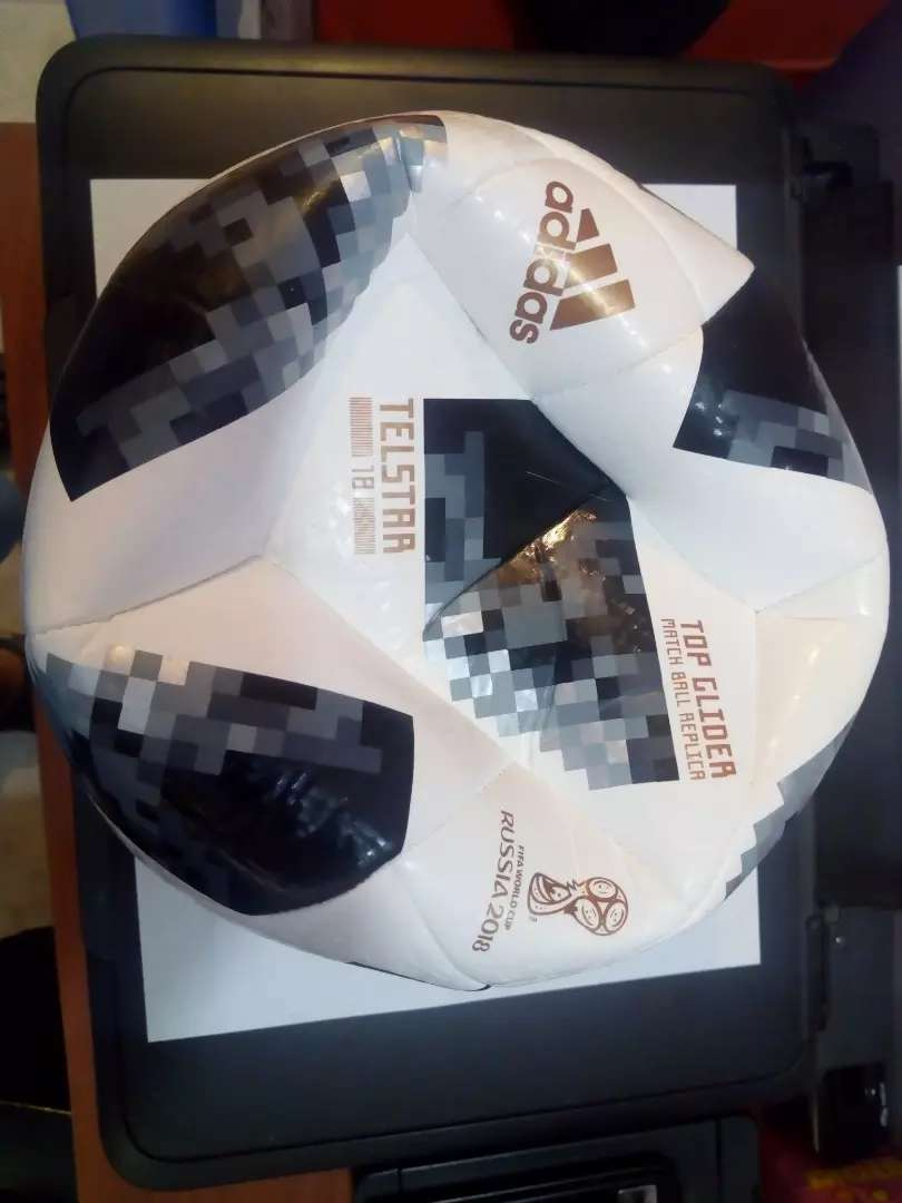 Vendo o permuto balón Adidas size 5 Rusia 0