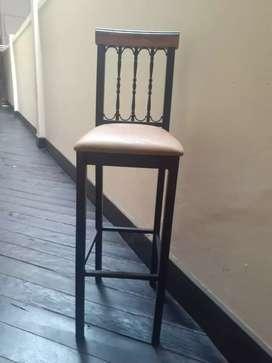Venta de 12 sillas para barra de Bar.