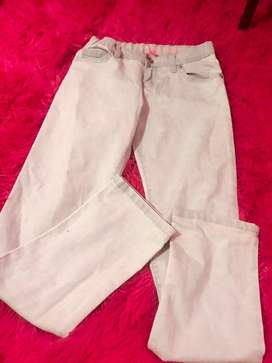 Pantalones seminuevos