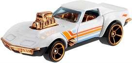 Hot Wheels - Pearl And Chrome '68 Corvette Gas Monkey Garage