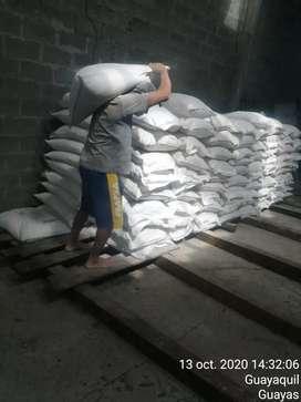 Vendo Bentonita 2000 sacos de Bentonita para que lo use el lo que desee en el km 28 vía a la costa Hacienda luz María...