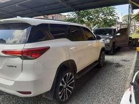 Vendo Toyota Fortuner Sw4