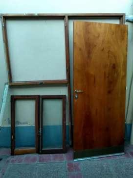 Combo de puertas ventanas y rejas